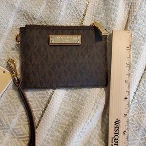 MICHEAL Michael Kors Wallet Wristlet